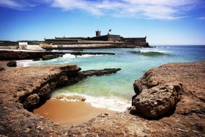 Carcavelos beach and fort