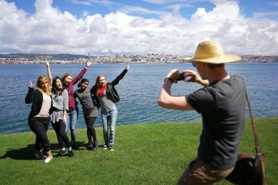 Almada Walking Tour - Get to know the best views of Lisbon!