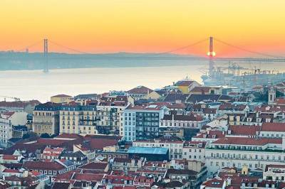 Private Tour - Lisbon and Porto 2 Days