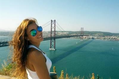 Aveiro Half-Day Tour from Porto Including Moliceiro River Cruise