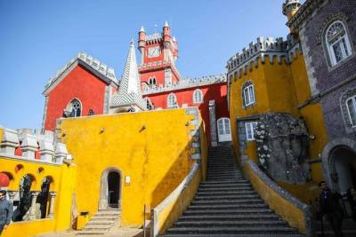 Private Full Day Tour The Enchant of Castles & Palaces in Sintra, from Lisbon