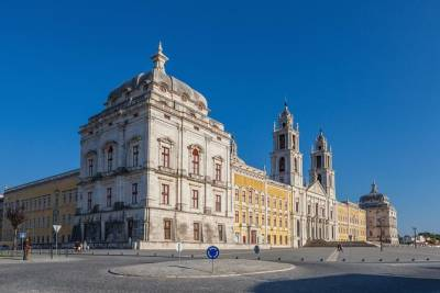 Kids Mafra and Ericeira, Private Tour, Full Day