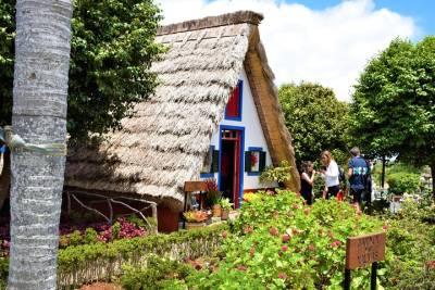 3-Hour: Segway Guided Tour from Lisbon City Center to Belém