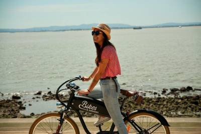 Lisbon: 2.5-Hours of a Delicious Electric Bike Guided Tour