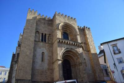 Coimbra and Aveiro Gastronomic Experience - City Sightseeing from Lisbon