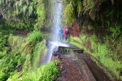 Lisbon Monuments Half Day