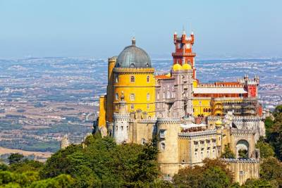 Lisbon Super Saver: 2-Day Sintra, Cascais, Fatima, Nazare and Obidos Small-Group Day Trips