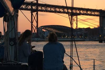 Lisbon Sunset Sensations on a Private Sailing Boat with wine&snacks