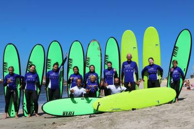 Surf day at Porto Surf School 3h surf lesson with transport from the city center