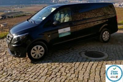 Private Arrival Transfer Faro Airport to Faro City