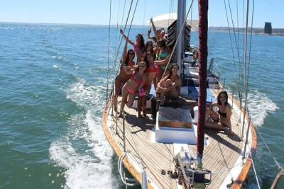 Hen and Stag Boat Party in Lisbon
