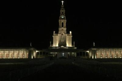 Fátima Message Private Tour with Candle Procession from Lisbon