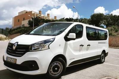 Private Faro Airport Transfer to Albufeira (5 to 8 passangers)