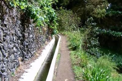 Private 90 Minutes Kickstart Tour of Porto