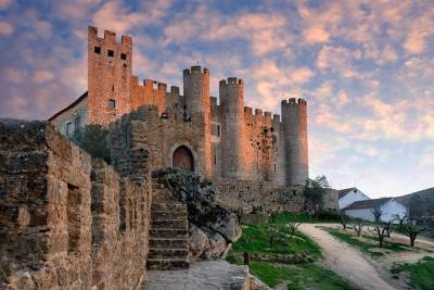 Private Full Day Tour to Óbidos & Nazaré, from Lisbon