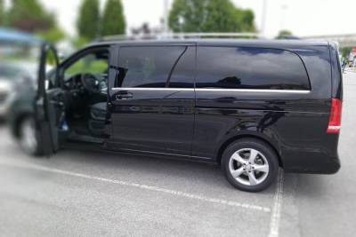 Private Driver and Transfers From Porto
