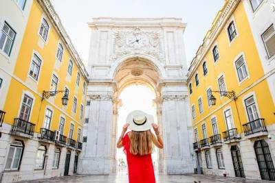 Best of Lisbon: Self-Guided Walking Tour about History & Lifestyle in Mobile App