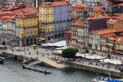 Porto Private Transfer from Lisbon with 2 stops