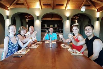 WINE TASTING (With Tapas) & COUNTRY - GL Tours Albufeira