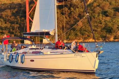 Sailing Boat Tour - Fall in Love with Lisbon