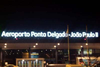 Azores - Airport Transfer to / from Hotel Pedras do Mar