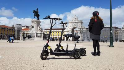 Alfama Tour by E-Scooter in Lisbon