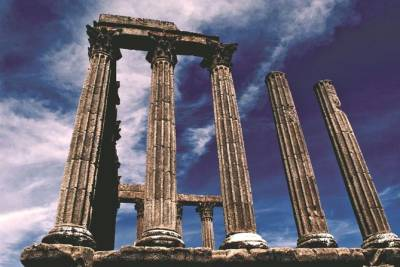 Full Day Evora - with wine tasting Private tour from Lisbon