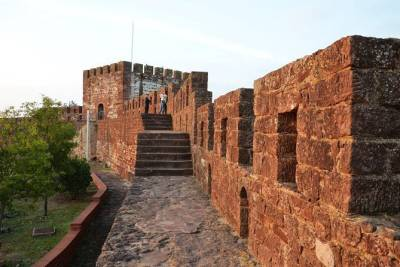 Silves Castel & Silves Old Town Tour