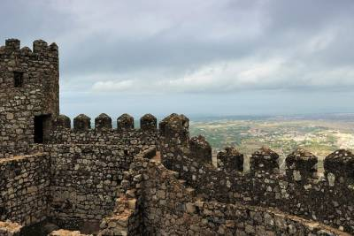 Private Sintra Tour from Lisbon with Wine Tasting and Moorish Castle