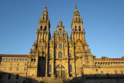 Santiago de Compostela and Viana do Castelo full-day private tour from Porto