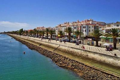 Private Algarve Faro Tour from Lisbon 2 days all included