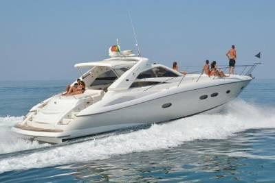 Private Tour: Serra da Estrela Full Day with Ski from Porto
