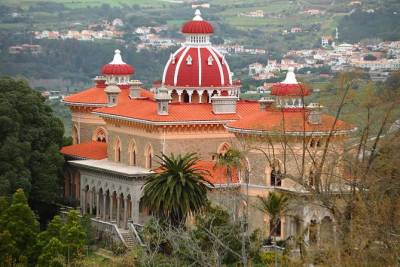 Private Sintra Day Trip from Lisbon with Wine Tasting and Monserrate Palace