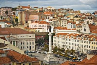 Private full day city tour of Lisbon with driver and separate guide