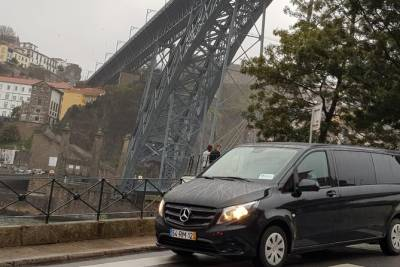 Tour Privado a Coimbra e Porto a partir de Lisboa