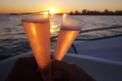 Póvoa de Varzim Private Transfer to Oporto Airport