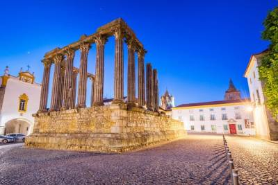 Evora and Monsaraz Private Tour From Lisbon - WITH WINE TASTING