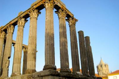 Evora Private Tour from Lisbon