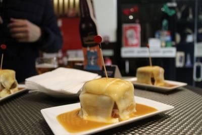 Transfer in private minivan from Porto Alegre airport-POA to Porto Alegre City