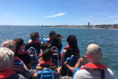 Speed boat tour in Lisbon - speedboat