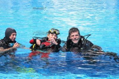 1h Relaxing Stand Up Paddle in Armação de Pêra Beach, Algarve, Portugal