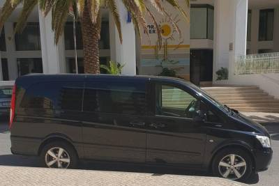 Faro Airport Private Transfer to TAVIRA (5 to 8 passengers)