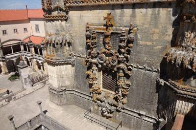 From Lisbon: Tomar and Almourol Private Tour Full Day