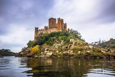 From Lisbon Tomar and Almourol Castle Private Tour Full Day