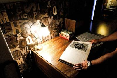 Private Escape Room in the Heart of Lisbon - with Tea & Biscuits!
