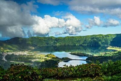 Azores: Shore Excursion - Seven Cities Volcano and lakes