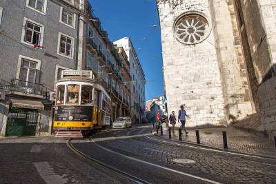 10 Hour Private Tour: Lisbon, Sintra, Cascais and Estoril Highlights