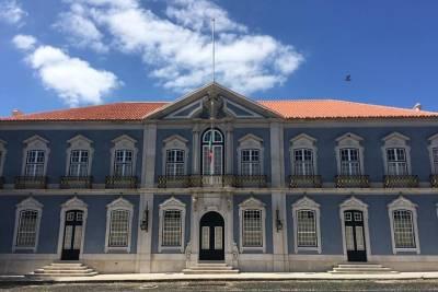 Best of Lisbon Walking Tour through Alfama, Graça and Mouraria
