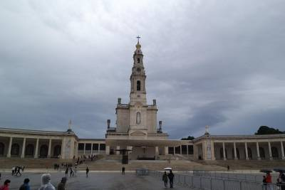 Fátima Private Religious Tour From Porto - Full Day - Santuary and Aljustrel
