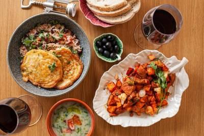 Visit Sintra, Cabo da Roca, Cascais, and Estoril on a Full-Day Private Tour
